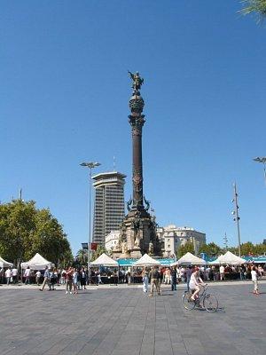 Památník se sochou Kryštofa Kolumba na konci La Rambla