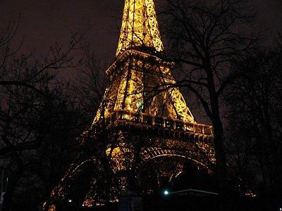 Eiffelovka v noci