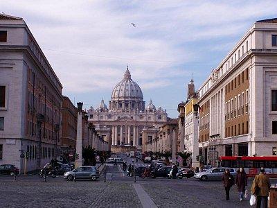 Příchod k Vatikánu (nahrál: admin)