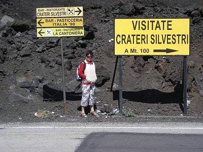 Směrovka ke kráteru Silvetri (nahrál: Hádlíková Hana)