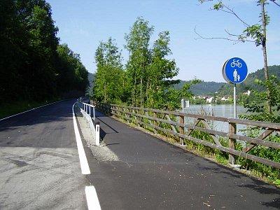 Dunajská cyklostezka. (nahrál: Jechort)