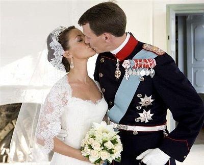 Prince Joachim and Marie Cavalier  (nahrál: Veronika)