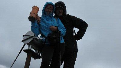 hekla je dobyta - ten den jsme byli druzí,před náma tam byli taky češi - tak to byl takový czech day !!! 14.7. 2009 (nahrál: ra-ol)