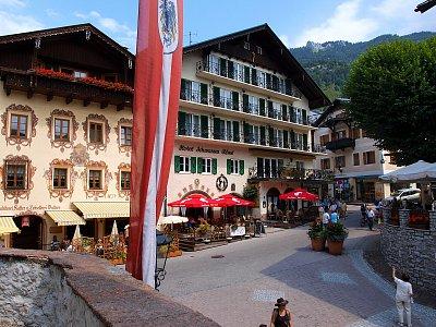 centrum -  St.Wolfgang je překrásné, malebné městečko, které rozhodně stojí za to navštívit. (nahrál: šurda)