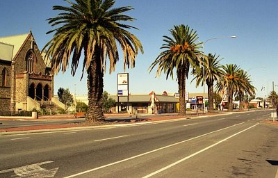 Comercial Road - Severozápadní část Adelaide (nahrál: Luboš)