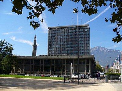 Park Grenoble (nahrál: Holo)