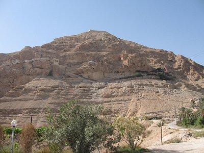 Jericho-hora Pokušení s řeckým klášterem a lanovkou (nahrál: Dorothea)